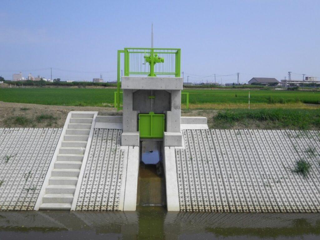 横山川排水樋管ゲート