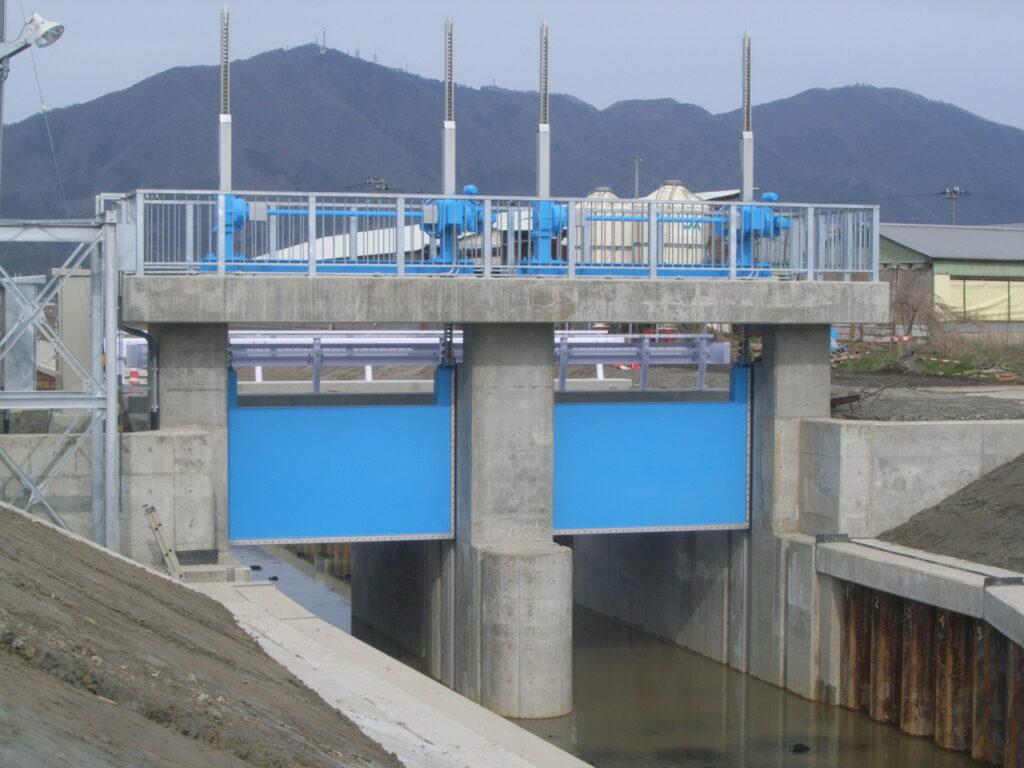 矢川排水路ゲート