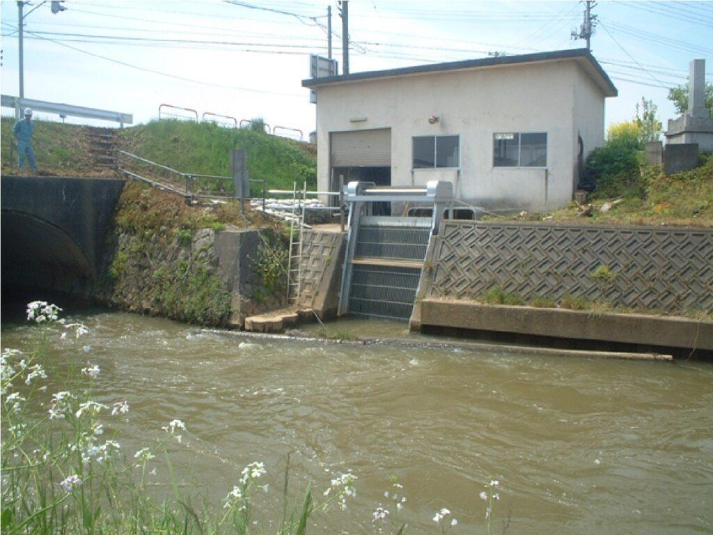双川橋揚水機場除塵機
