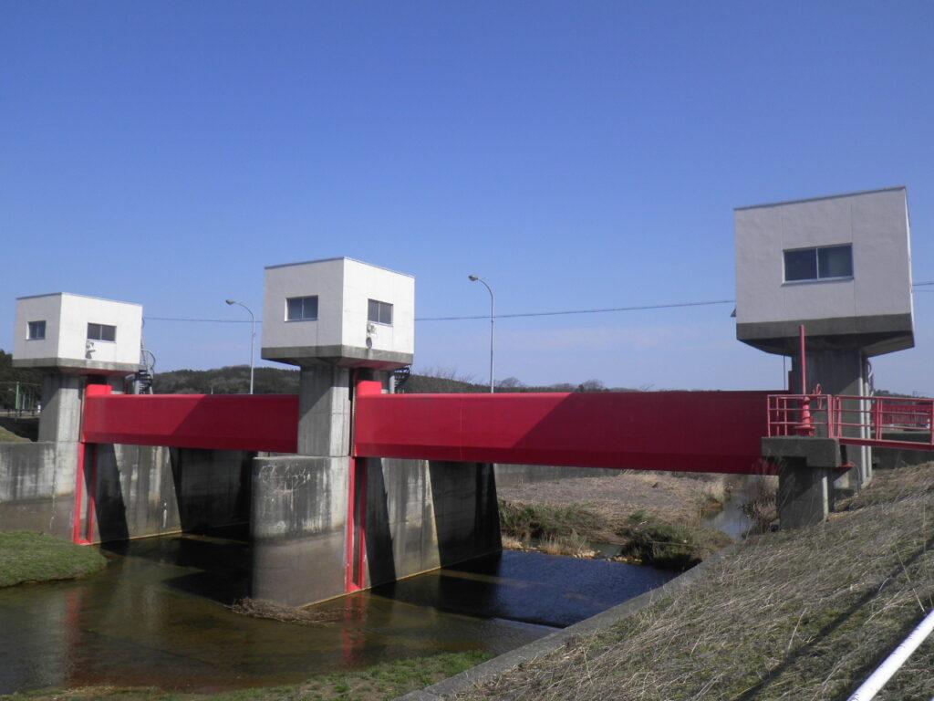 保内堰地区ゲート塗装工事